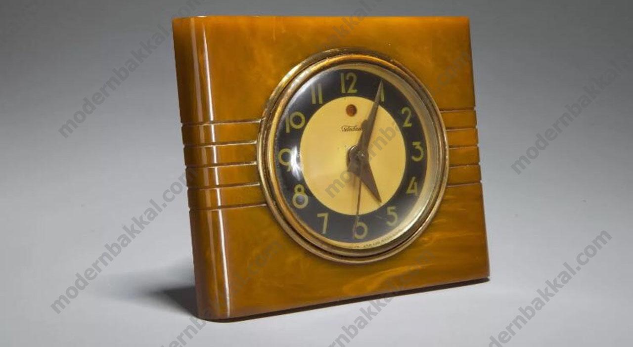 1.27 mm Kalınlığında Eski Amerikan Saat / 1.27 mm Old American Table Clock